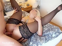 Blonde amateur vid shows me enjoy hot anal fuck