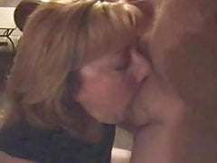 Wife likes to fuck hubbys friends